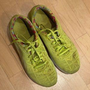 Pumas Women's Narita Running Shoe